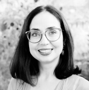 Lab Director - Ana Pinheiro